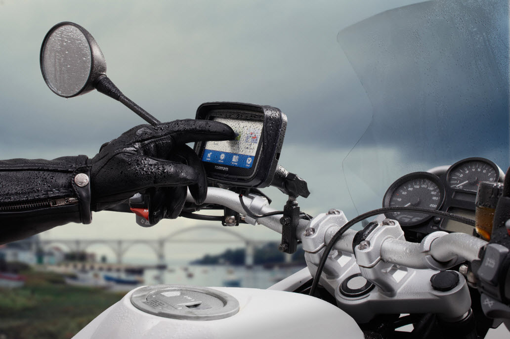 10 Best Motorcycle Tracking Devices (Must Read Reviews) For