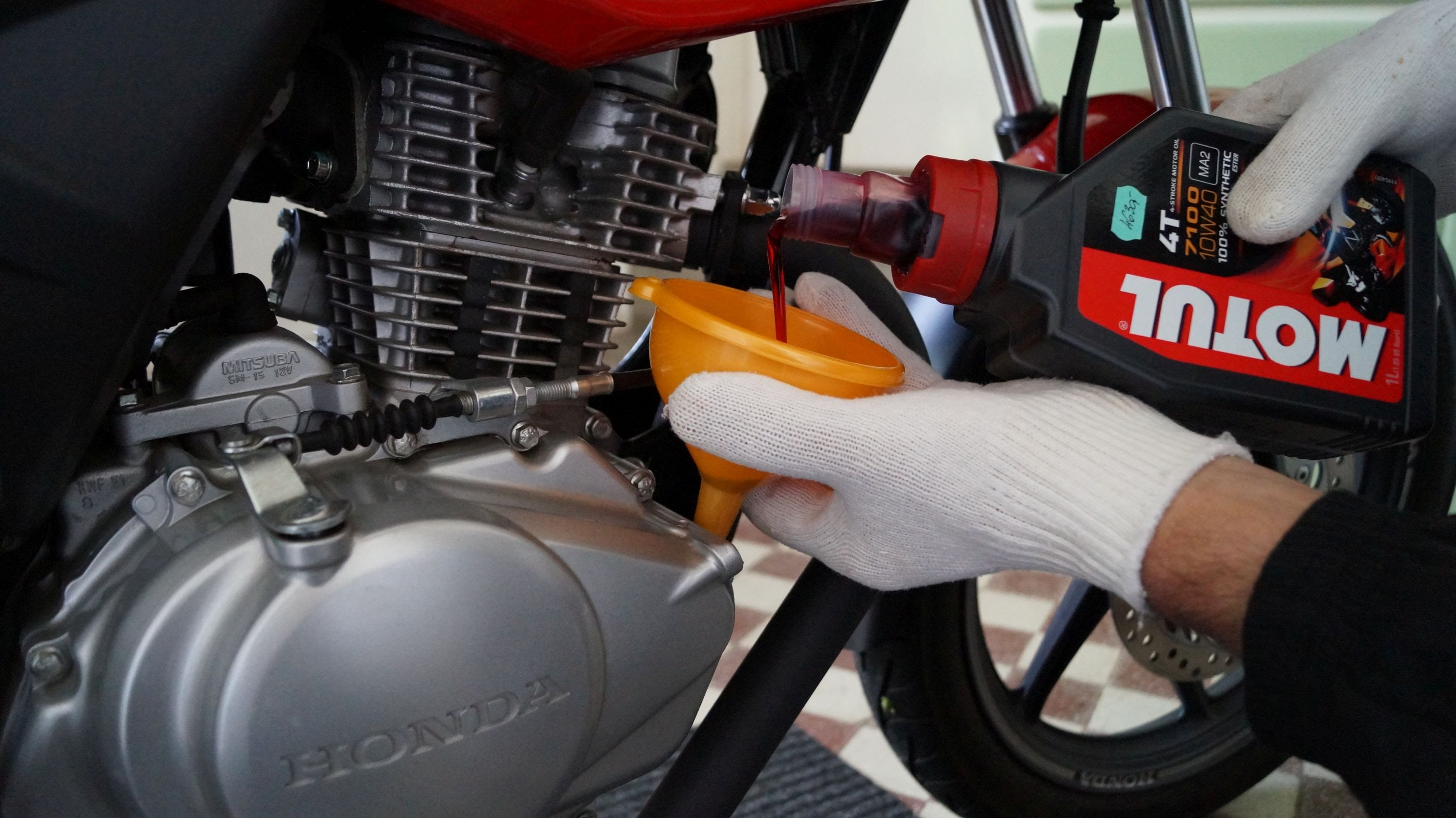 Best Motorcycle Oil >> 13 Best Motorcycle Oils Must Read Reviews For August 2019