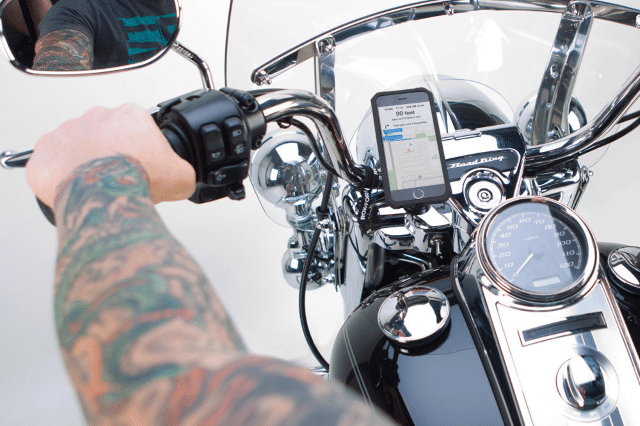 8 Best Motorcycle Phone Mounts (Must Read Reviews) For